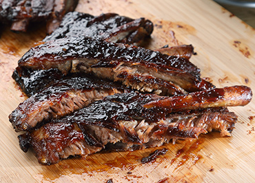 BBQ Ribs with a Sweet & Spicy Glaze